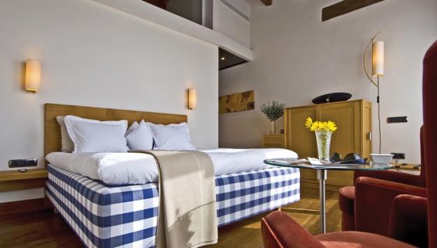 cama osteria ibai hotel encanto caucharmant