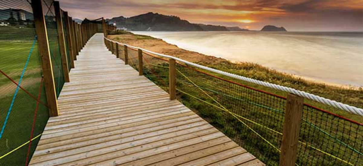 Hoteles cerca de playas nudistas Naturistas