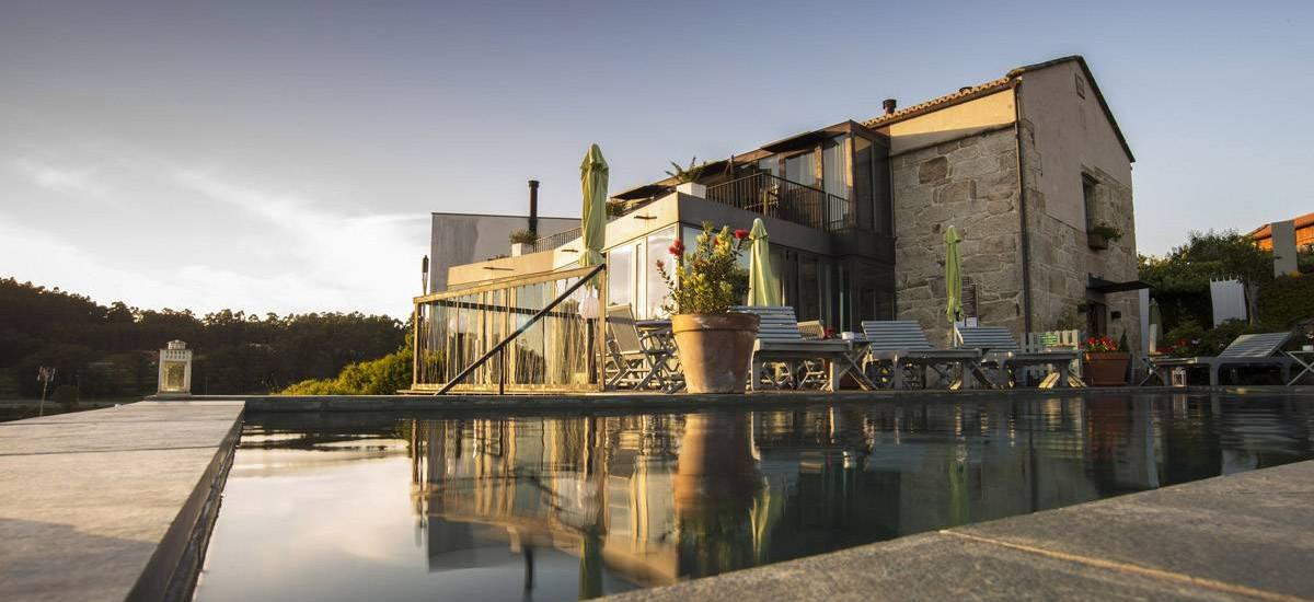 Hoteles en Meaño y Casas Rurales en Meaño