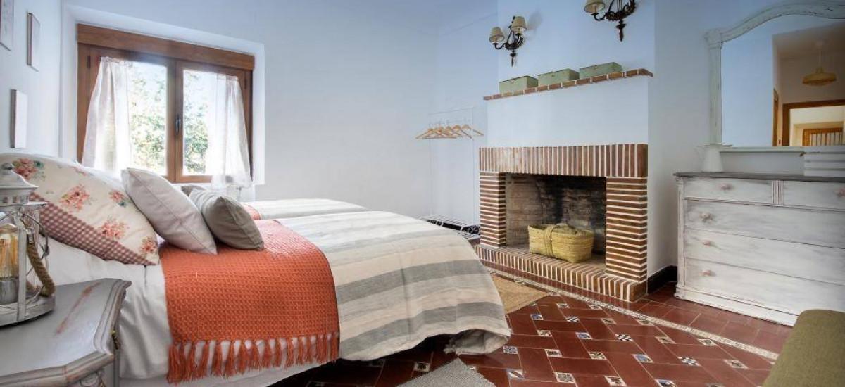 Hoteles y Casas rurales en Quesada, Casa Rural Dos Olivos Jardin