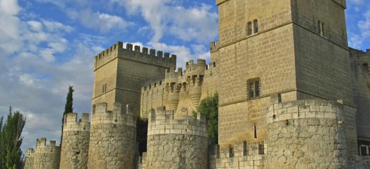 Hoteles en Ampudia con encanto románticos Castillo de Ampudia