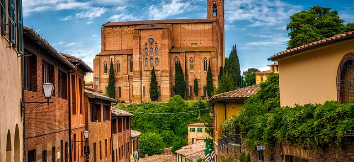 Hoteles en Siena rurales romanticos de lujo Rusticae calle Siena