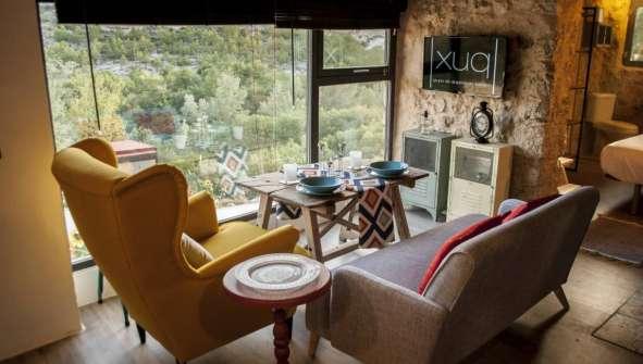 Hoteles en Jorquera con encanro rural romantico Xuq Hotel salon