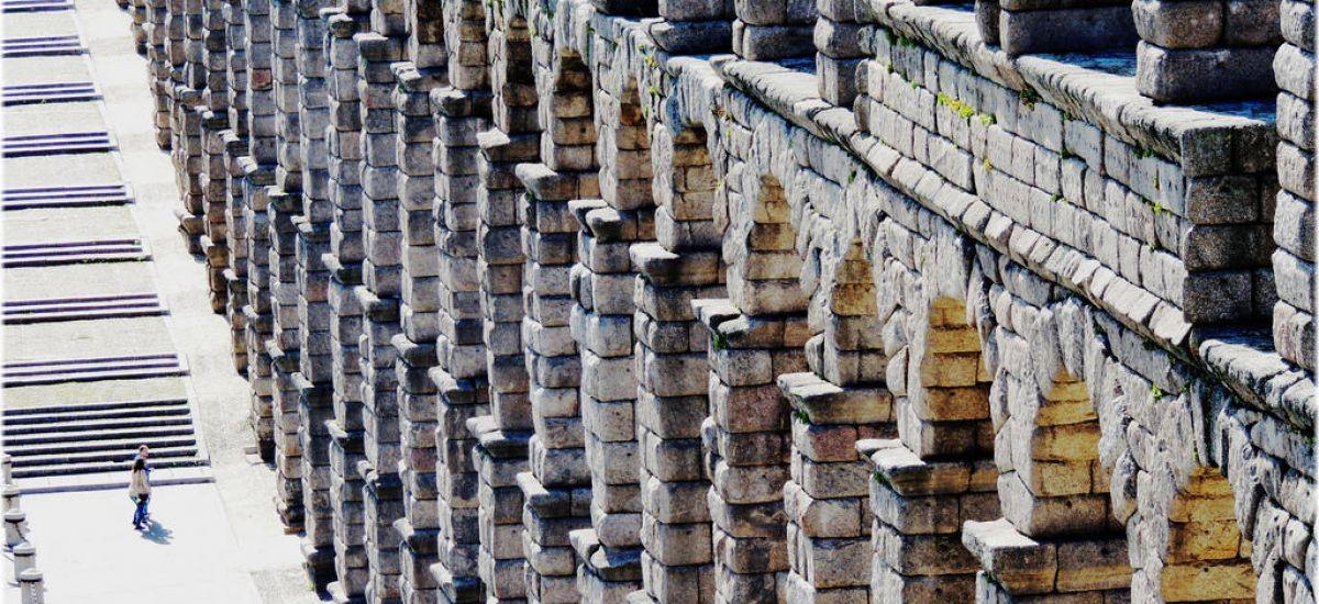 Hoteles en Segovia rurales romanticos con encanto aqueducto