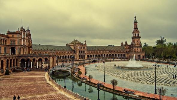 Hoteles en Sevilla con encanto romanticos con spa y piscina Rust