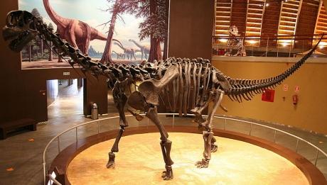 Museo del Jurásico de Colunga cerca del hotel Rusticae El Babú