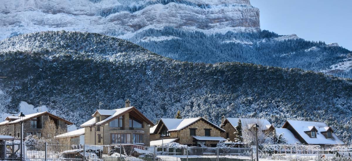 "Experiencia ""Pirineo Aragonés: Nieve & Relax"""