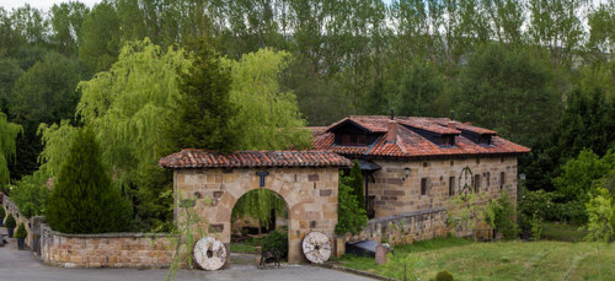 "Experiencia ""Cantabria en Femenino"""