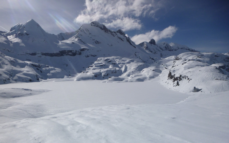 Aragonese Pyrenees Experience: Snow & Relax