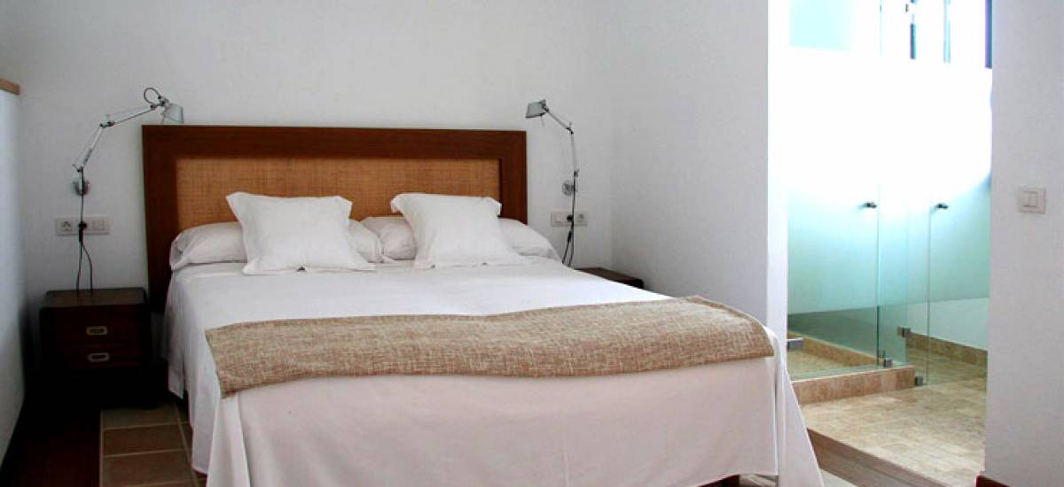 Menorca boutique hotel rusticae charming bedroom