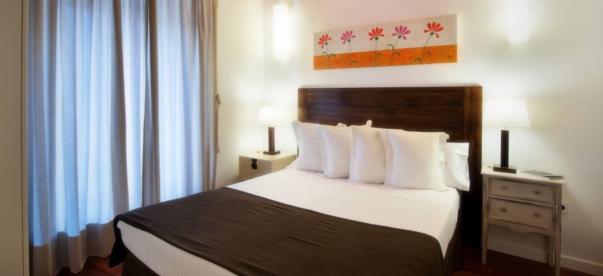 Apartamentos Abad Toledo Rusticae cama