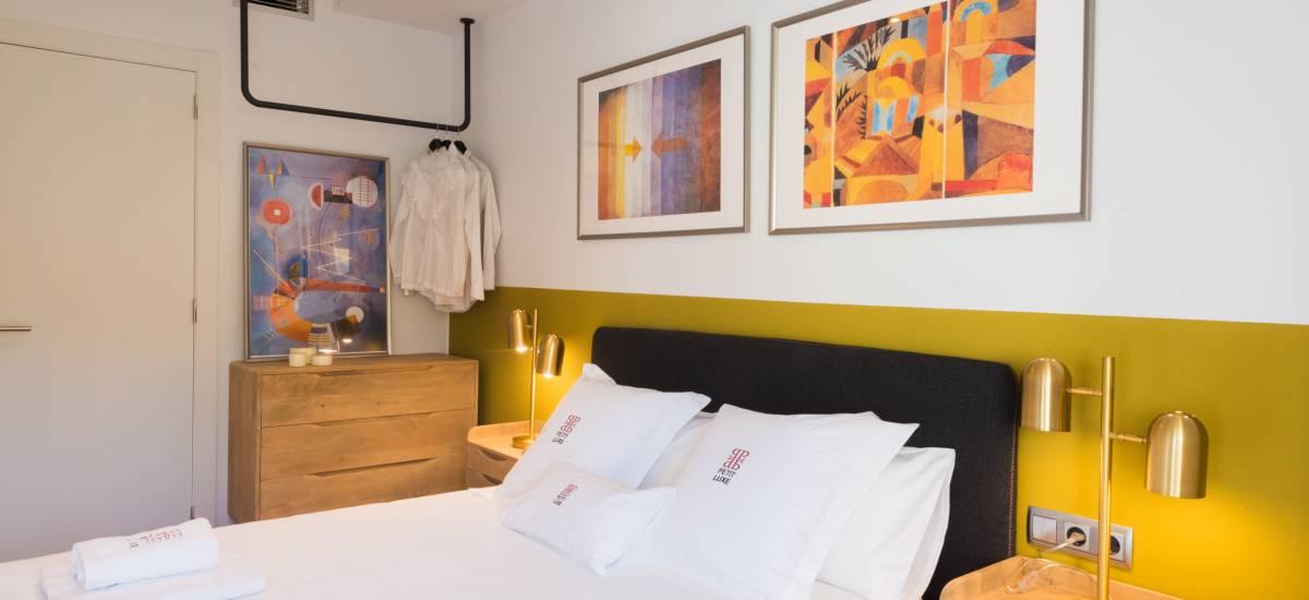Petit Luxe Apartamentos Terrassa Oasis Rusticae Bed5