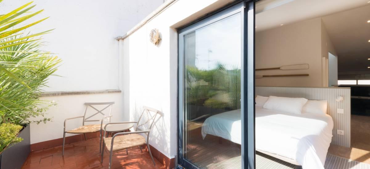 Petit Luxe Apartamentos Terrassa Duplex Rusticae Room