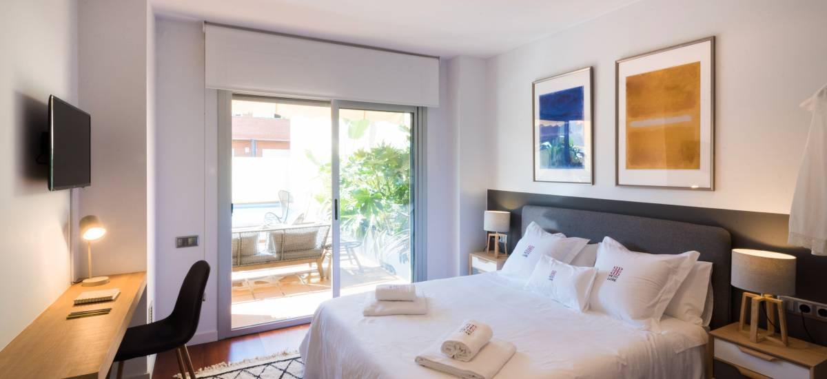 Petit Luxe Apartamentos Terrassa Oasis Rusticae Bed4