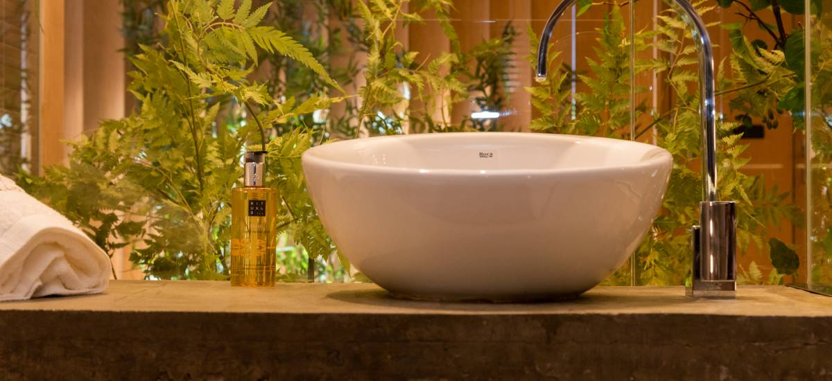 Petit Luxe Apartaments Terrassa L´atic Rusticae bath