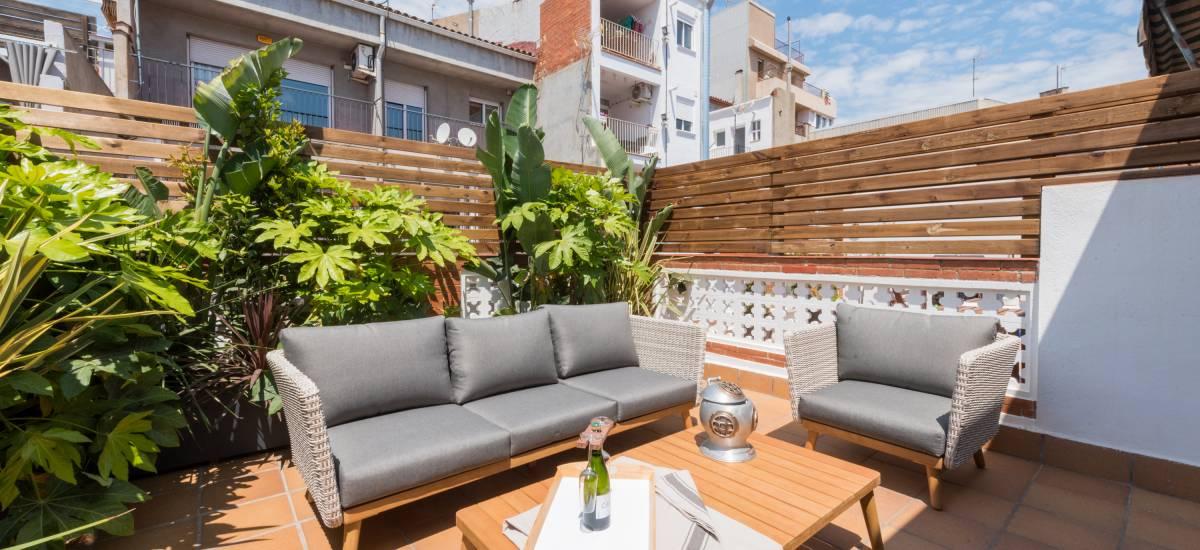 Petit Luxe Apartamentos Terrassa Oasis Rusticae terrace