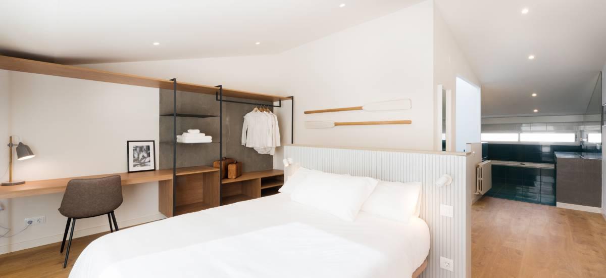 Petit Luxe Apartamentos Terrassa Duplex Rusticae Bed