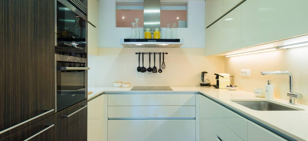 Petit Luxe Apartamentos Terrassa Oasis Rusticae Cocina