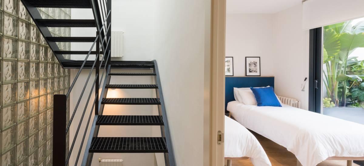 Petit Luxe Apartamentos Terrassa Duplex Rusticae stairs