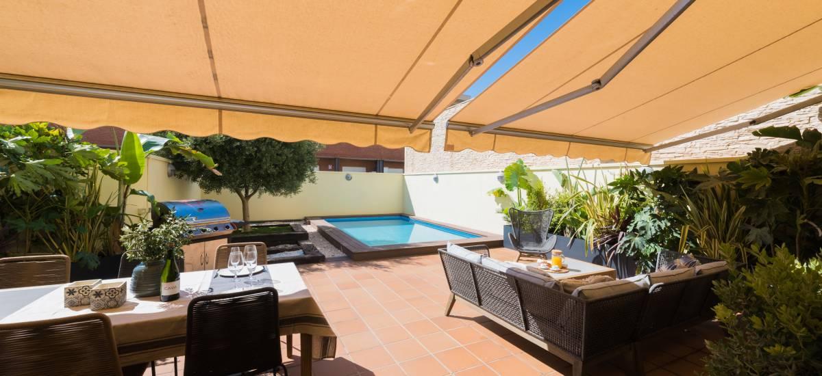 Petit Luxe Apartaments Terrassa Duplex Rusticae terrace
