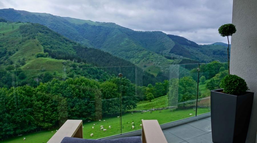 Rusticae Navarra Arantza Hotela con vistas exterior