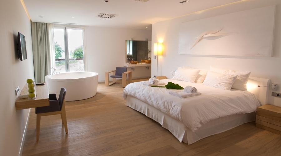 Rusticae Navarra Arantza Hotela romántico habitación