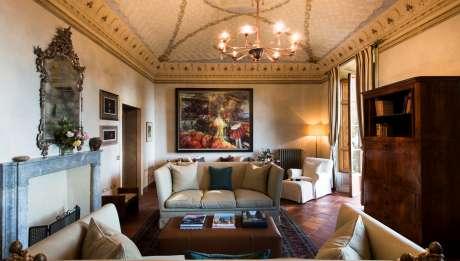 Rusticae Italia ToscanaHotel Borgo Pignano rural salon