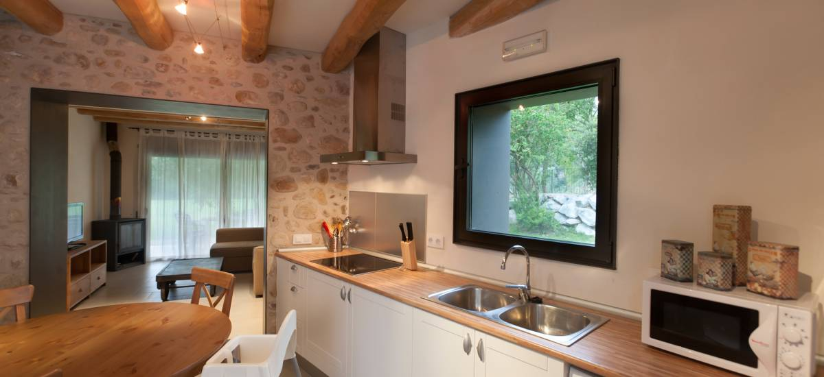 Rusticae charming Hotel Can Clotas Girona Gerona kitchen