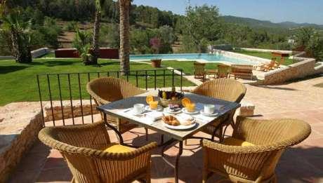 Rusticae Ibiza Hotel con encanto Terraza