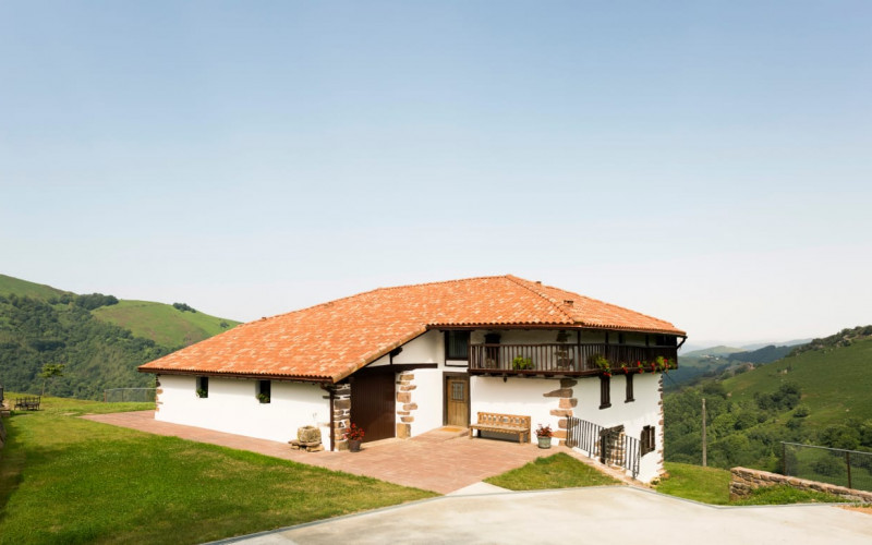 Rural House Complete rental Baserri Experience Garden