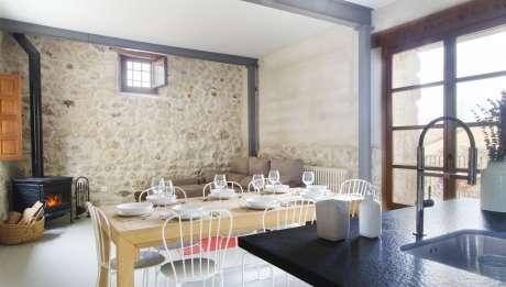 Rusticae Segovia Hotel Casa de Laura romantic living room