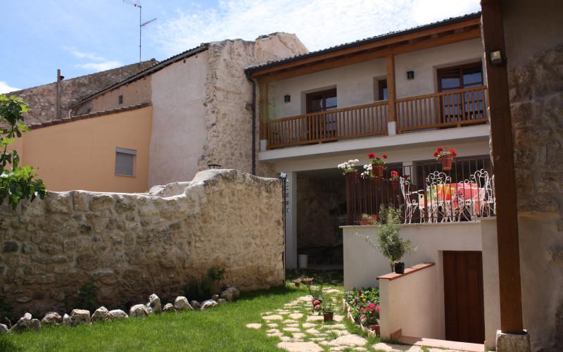 Rusticae Segovia Hotel Casa de Laura romantic garden
