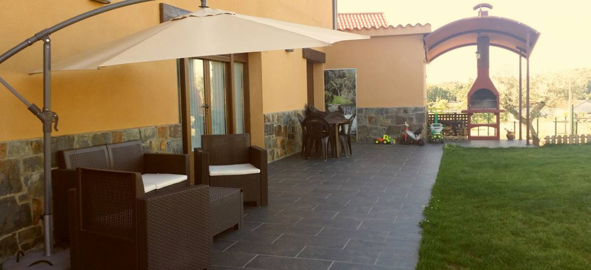 Rusticae Zamora house renting La Galana charming outside