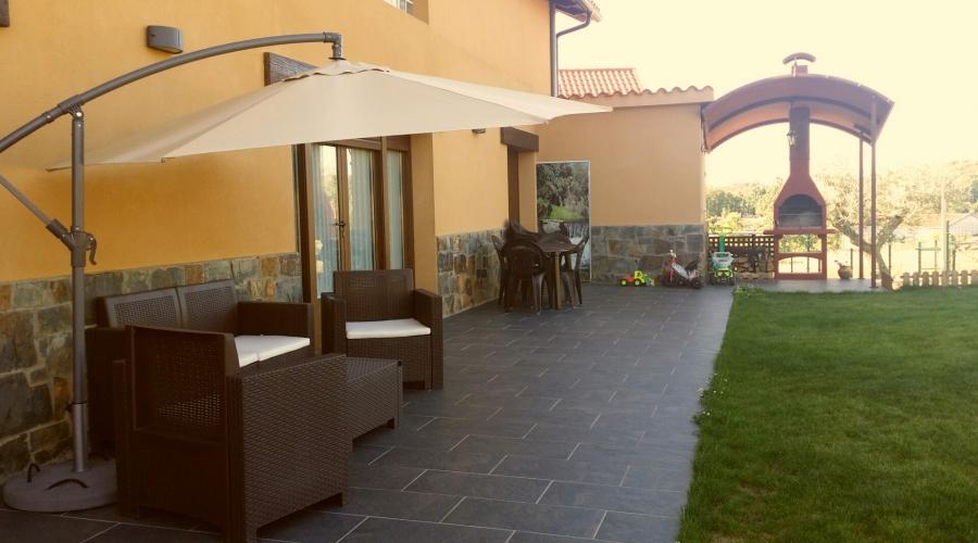 Rusticae Zamora Casa alquiler La Galana en familia Terraza