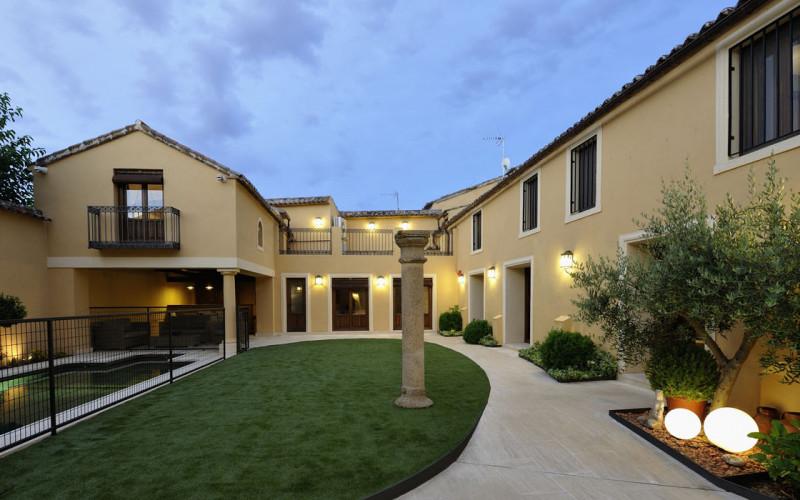 Casa de Alquiler Completo Villa Cornelius 5 Estrellas Verdes
