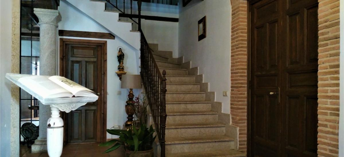 Casa de Alquiler Completo El Retiro del Conde