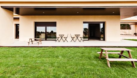 Rusticae Toledo Hotel Monte Higueras en familia jardin