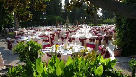 Rusticae Hotel Granada con encanto Comedor exterior