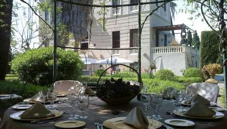Rusticae Hotel Granada con encanto Terraza