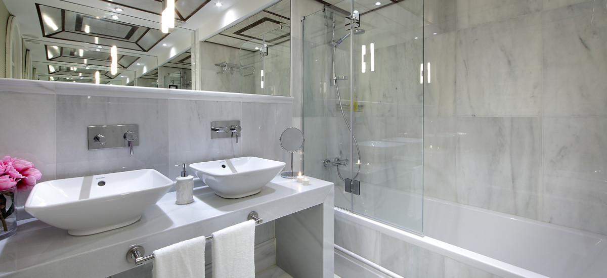 Rusticae charming Hotel Casa Palacete 1822 Granada bathroom