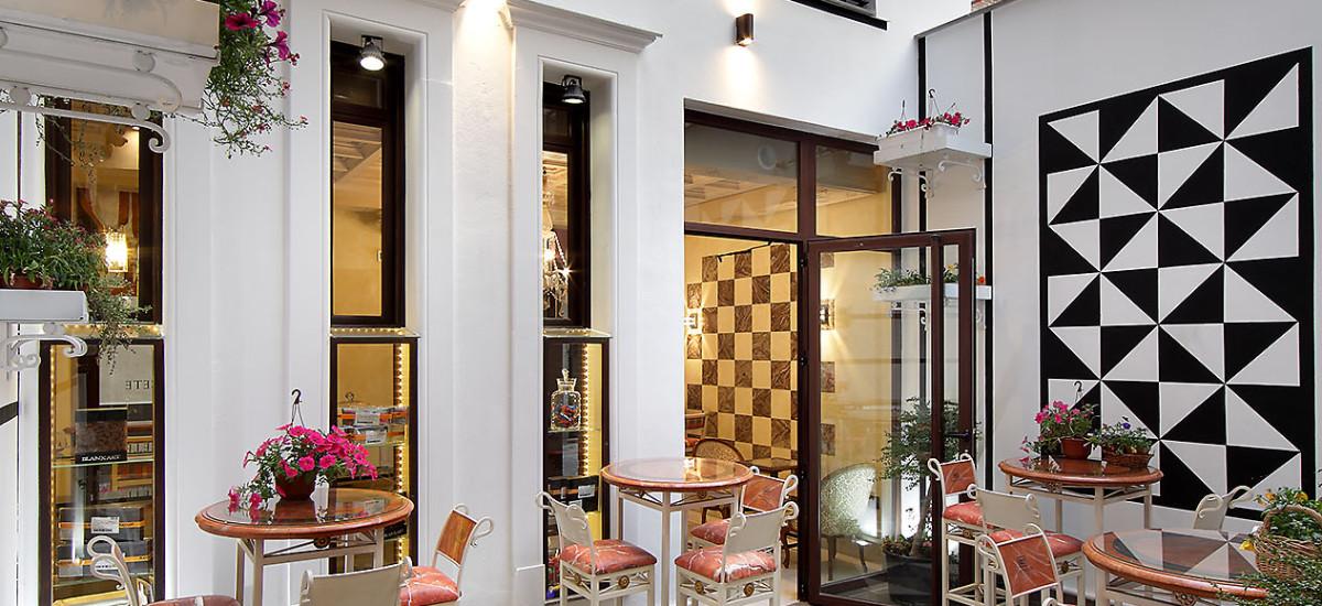 Rusticae charming Hotel Casa Palacete 1822 Granada terrace