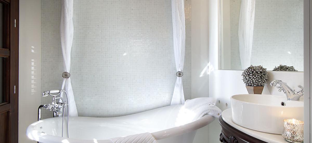 Rusticae charming Hotel Casa Palacete 1822 Granada bath
