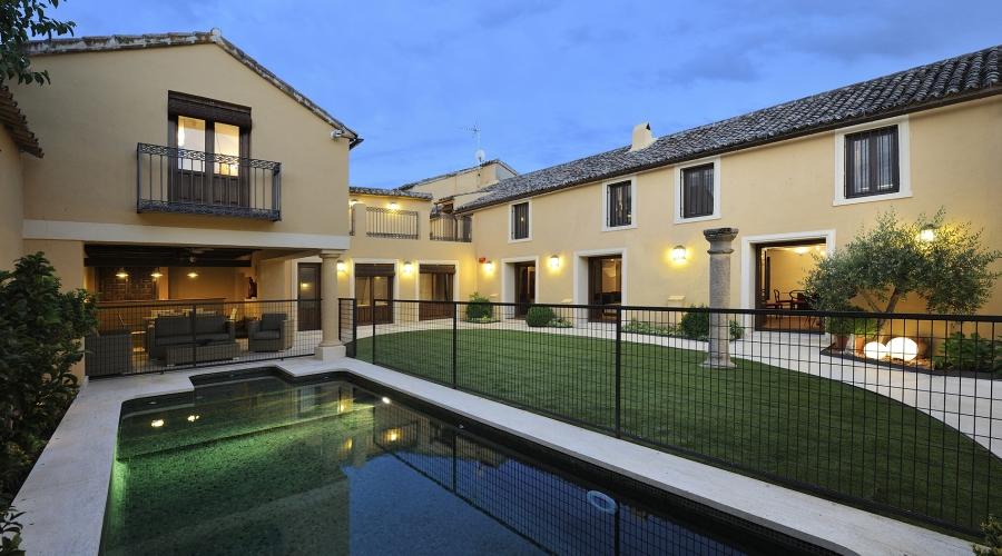 Rusticae Toledo Hotel Villa Cornelius para niños piscina