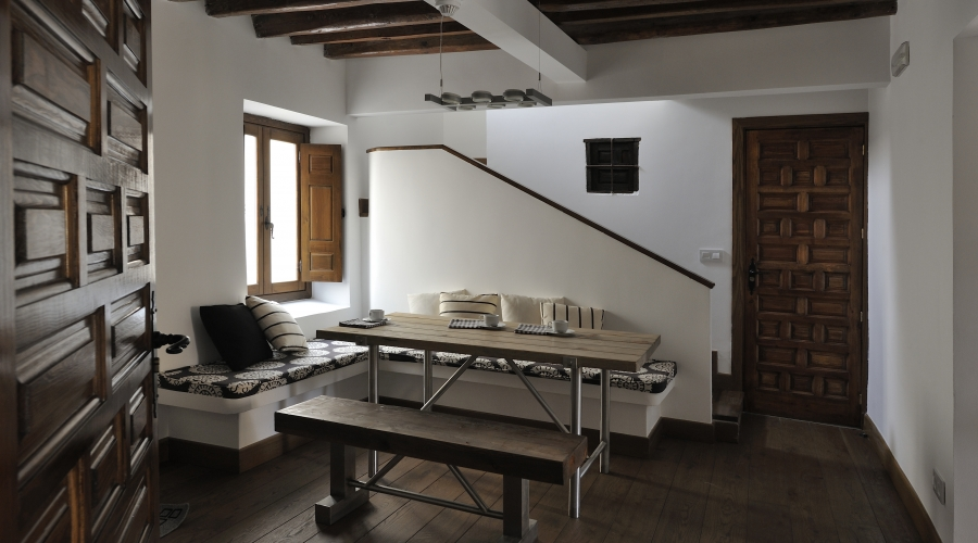 Rusticae Toledo Hotel Villa Cornelius en familia comedor