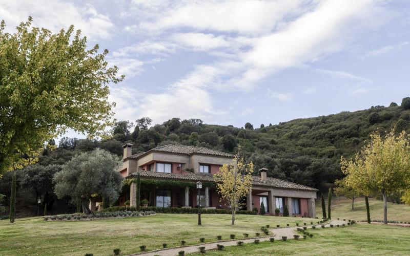Casa Rural EL Sauco Las Herencias Toledo Jardín