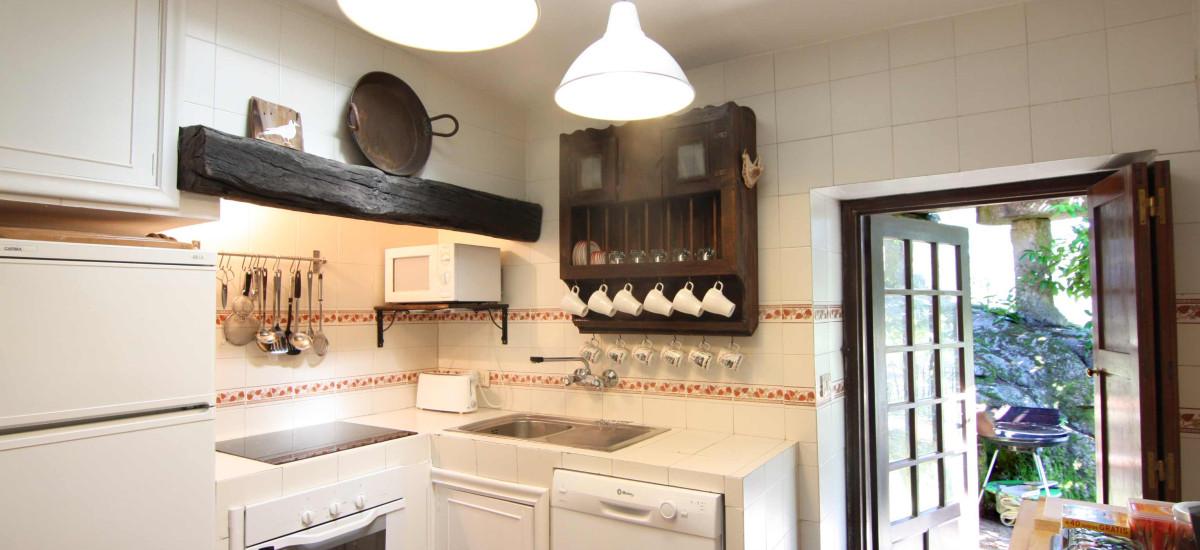 Rusticae Pontevedra Hotel Xesteira  beach kitchen
