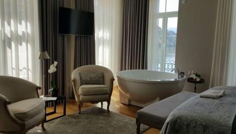 Rusticae Portugal Hotel Douro Suites con encanto piscina