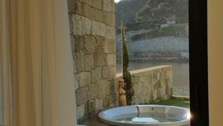 Rusticae Portugal Hotel Douro Suites con encanto baño