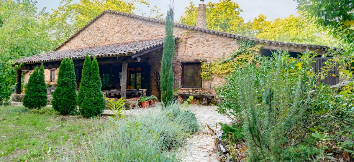 El Castañar de Aracena Huelva Casa Rural Entrada Castanar