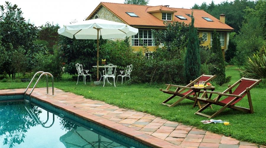 Hotel el habana llanes hoteles con encanto en asturias for Hoteles con piscina asturias